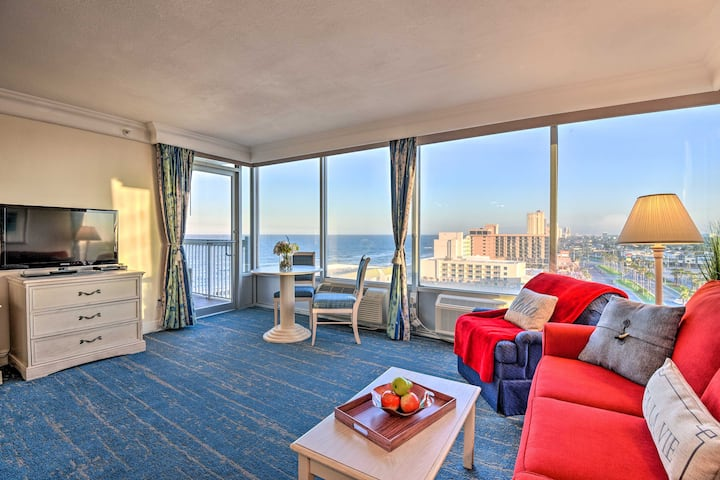 Ocean View Daytona Beach Studio w/Pool Access