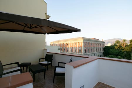 Nice apartment in the center of Trapani - トラパニ