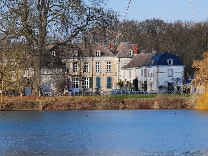 Chambres d'hôtes au Château de Juvigny.