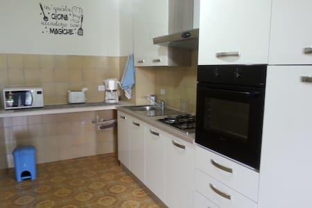 Terracina Apartment near beautiful beaches (WiFi)