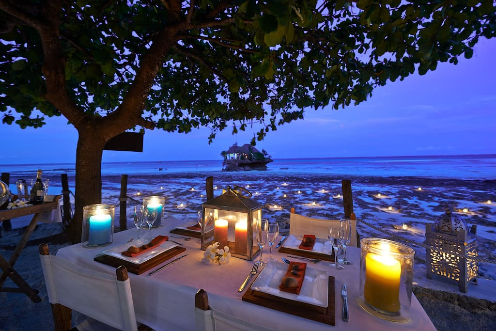 Al fresco dining with a stunning view