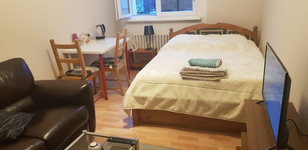 Cozy Doppel Room well equipped Berlin Schöneberg👌