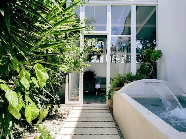 BOUGANVILLEA HOUSE - SEASIDE - PRIVATE POOL