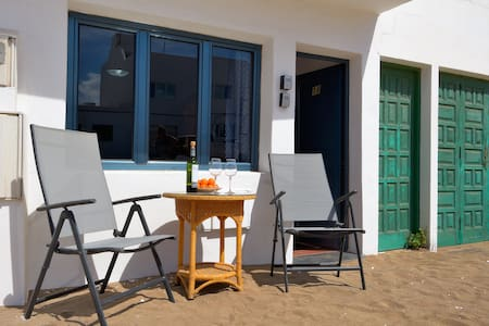 Rofe Famara Seconds from the beach 1 bedroom - Caleta de Famara - 公寓