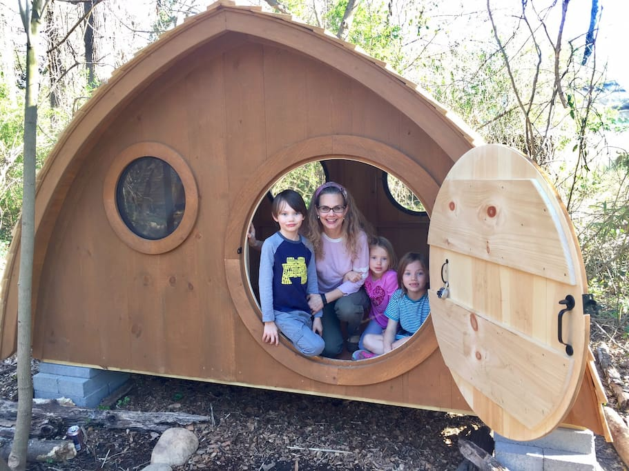 Enjoy our unique Hobbit Houses with your family!