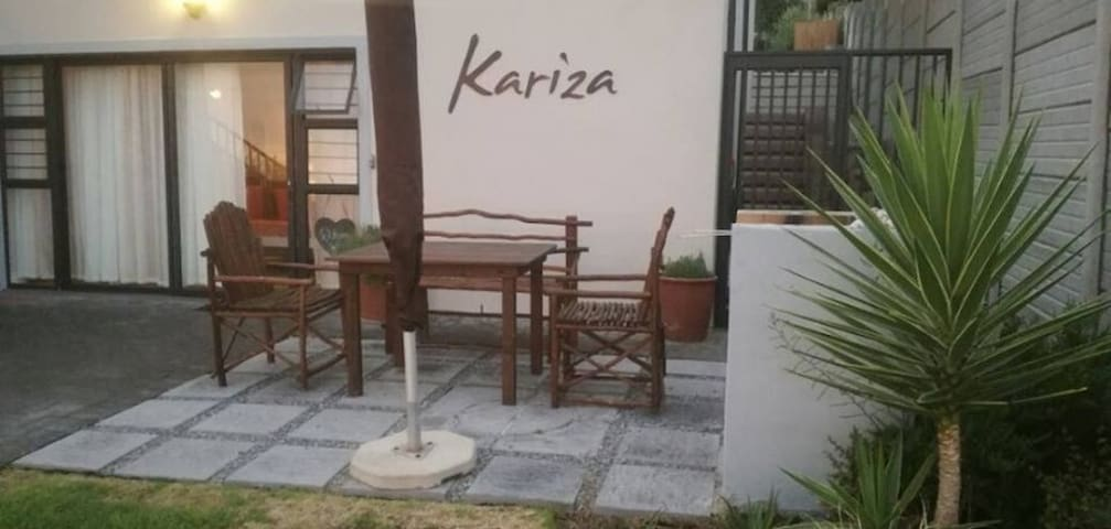 Kariza Self Catering Apartment - Yzerfontein - Lägenhet