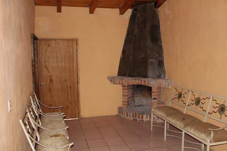 Cabaña para 8 personas en el Volcán de tequila - Tequila - Natuur/eco-lodge