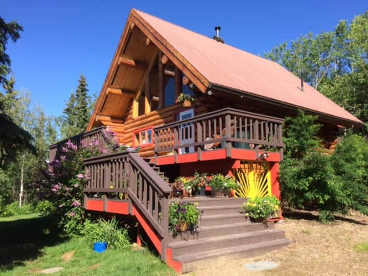 Dreamy Alaska Log Home