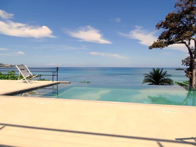 Villa RAVINALA