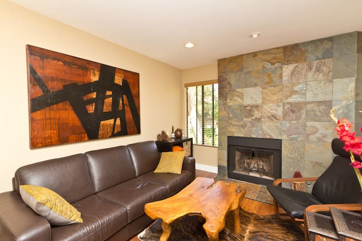 Elegant & Warm Modern 2BD 2BTH - Thousand Oaks - Apartment