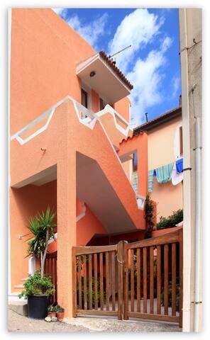3) 3-Zimmerwohnung zentrale Lage