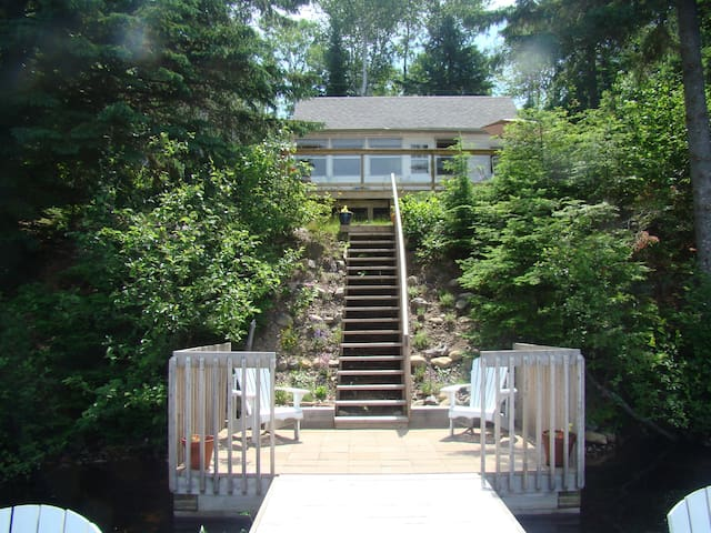 The Muskokan  July and Aug weekly - Perry - Cabin
