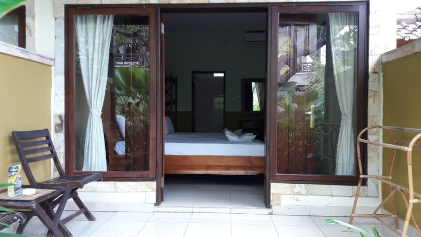 Sunshine's Deluxe Room 4 - Abang - Bungalow
