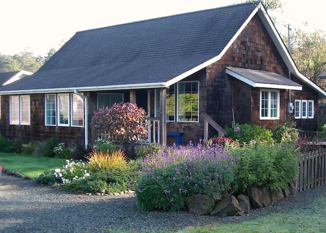 Saltair Cottage on the Oregon Coast
