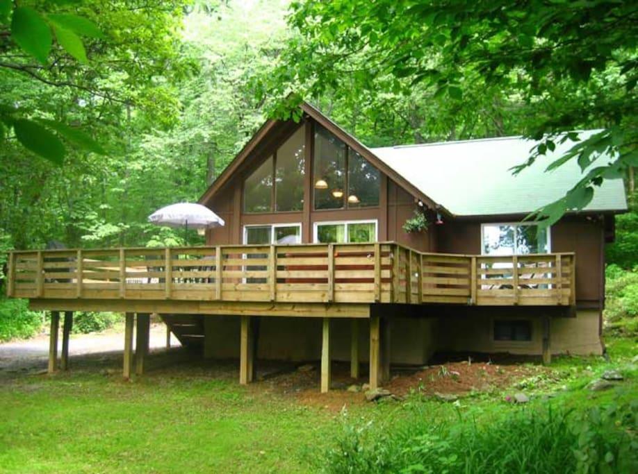 Hot tub heaven 9 cabins for rent in linden virginia for Heavenly cabin rentals