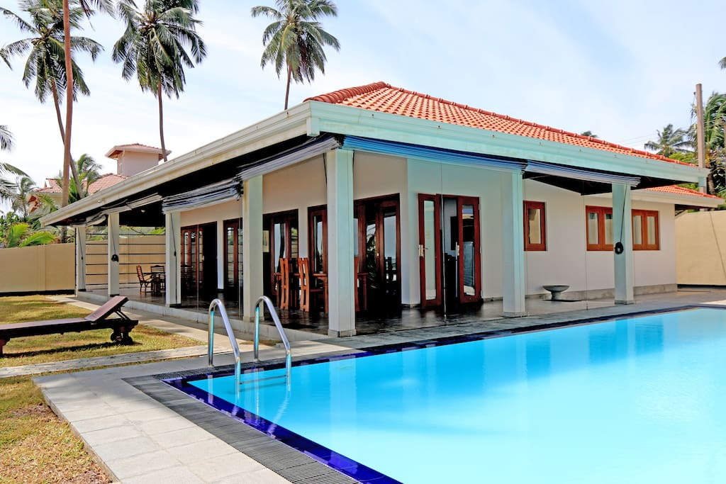 Large Pool Right off the Veranda