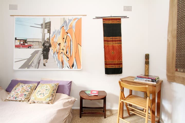 Inner City Bohemian Living - Newtown - Appartement