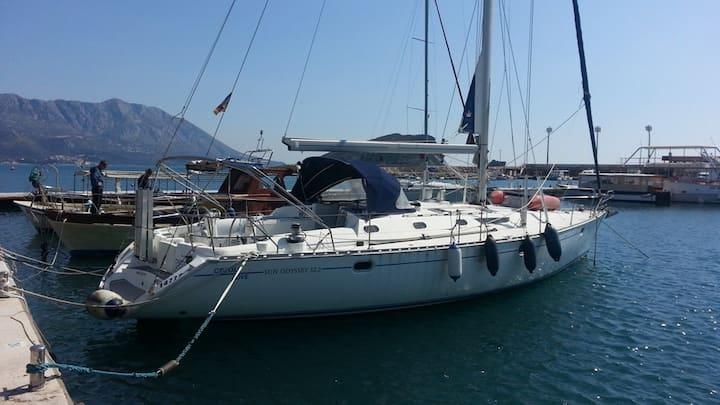 Attractive Yacht - Sun Odyssey !