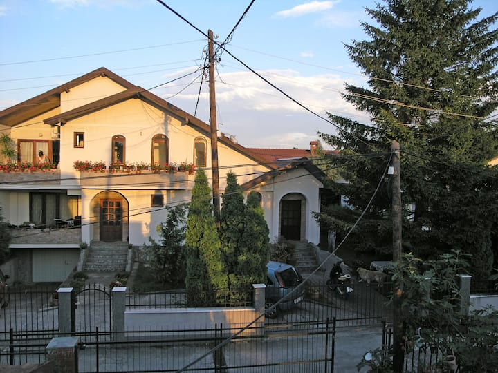 Nice and Comfortable House Skopje