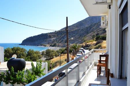 Katerina Hostel Crete - Myrtos - Myrtos