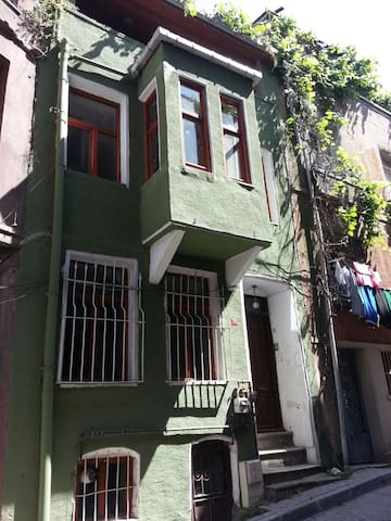 Greek home in historical peninsula. - Estambul - Villa