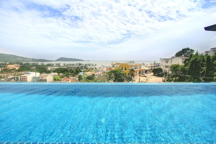 Modern 1-bedroom condo (Hidden by Airbnb) ool w/ seaview Patong✌️