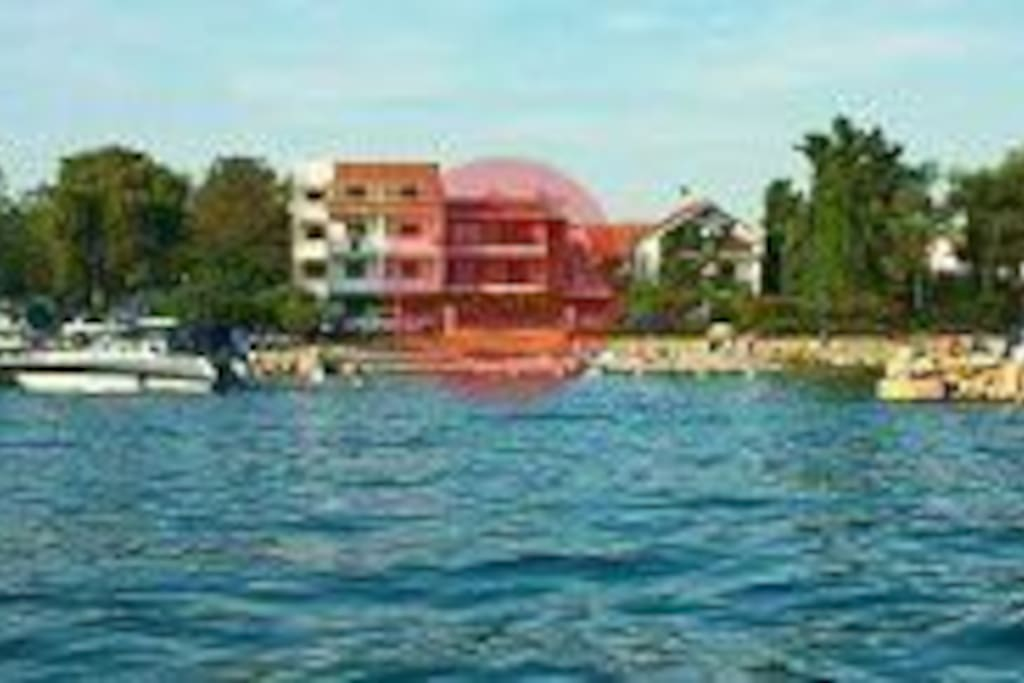 VILLA OLIVA_view from the open sea of Pasman Canal