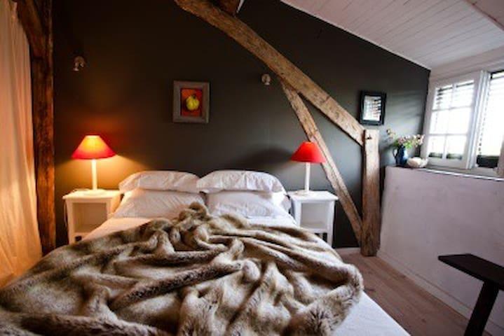 Pauliac Chambres d'Hôtes-family rm - Celles - Bed & Breakfast
