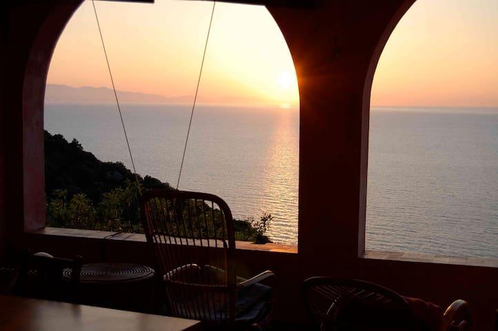 CASA DEGLI ARCHI on ELBA - Patresi, Island of Elba - Dom