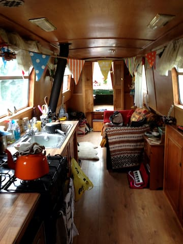 Romantic Houseboat w/ conservatory! - Londres - Vaixell