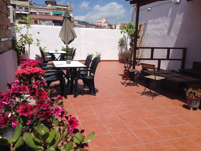 ENTIRE APARTMENT! WIFI & TERRACE! F - Hospitalet de Llobregat - Wohnung