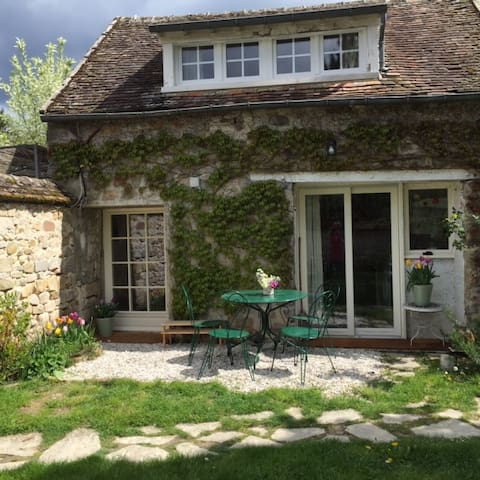 Alice's Cottage - Bourron-Marlotte - Casa