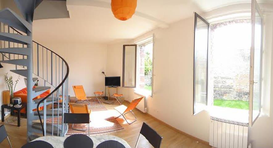 DUPLEX DE CHARME 2 CHAMBRES SUR JARDIN, DIEPPE. - Dieppe - Apartamento
