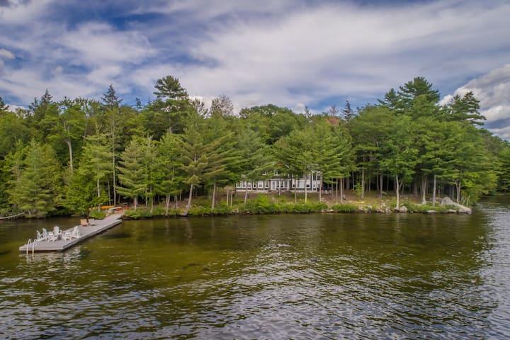 Hyannis Port North on Lake Rosseau a seasonal rental on Rosseau