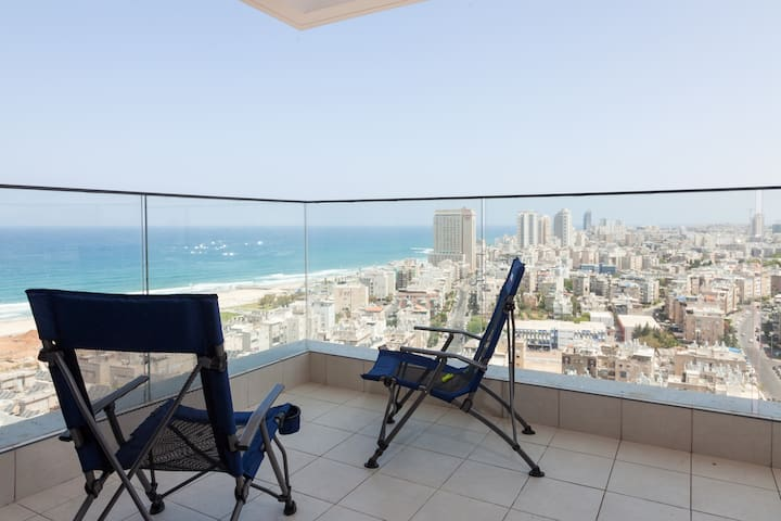 Great Beach View Apartment! - Bat Yam - Appartement