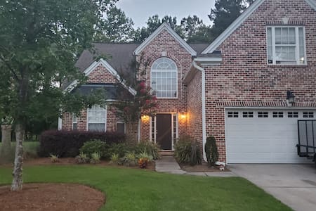 Summerville home close to work and play