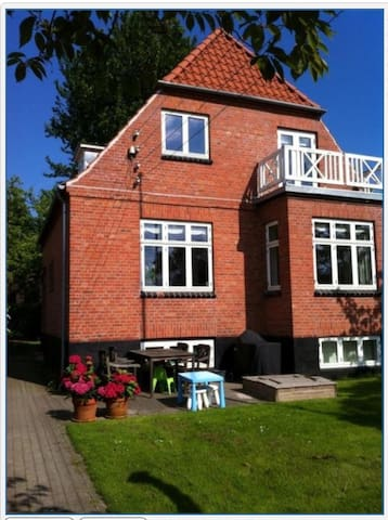 Charming house in Copenhagen - Valby - House