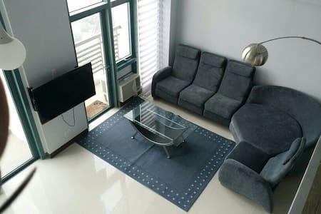 cozy, elegant loft, spacious, comfy - Quezon