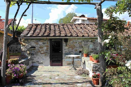 Ancient holiday house in Tuscnay - Luscignano - Rumah