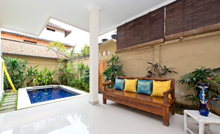 Kuta Villa. Double six beach