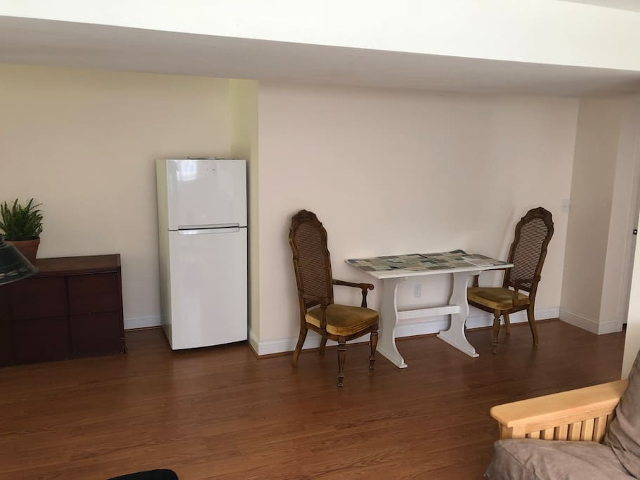 Private kitchen area, refrigerator and microwave in unit