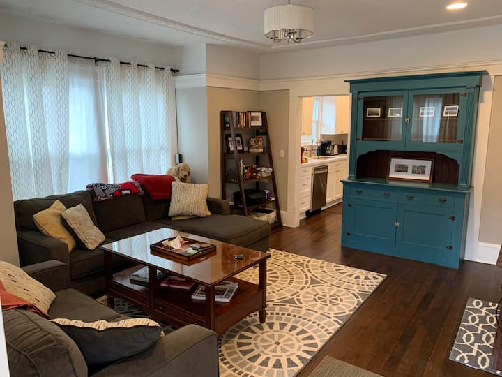 Cozy Alberta Arts Bungalow for Longer Stays