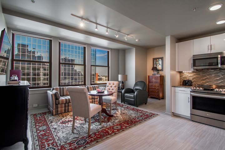 Suite 9B RESIDENCES 221 in Downtown Little Rock