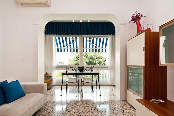 Appartamento soleggiato e luminoso - Lido - Huoneisto