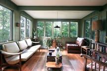 Sunroom / Living Room