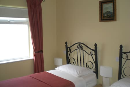 Lissadell B&B No. 4 - Co. Donegal - Bed & Breakfast