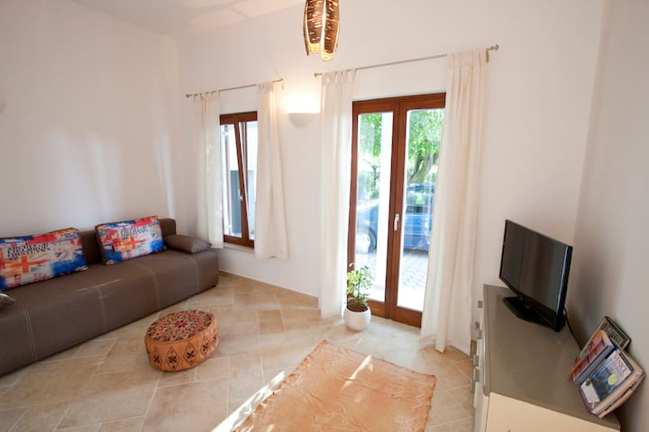 Poreč Nut Tree Ap. - Ground Floor - Poreč - Apartemen