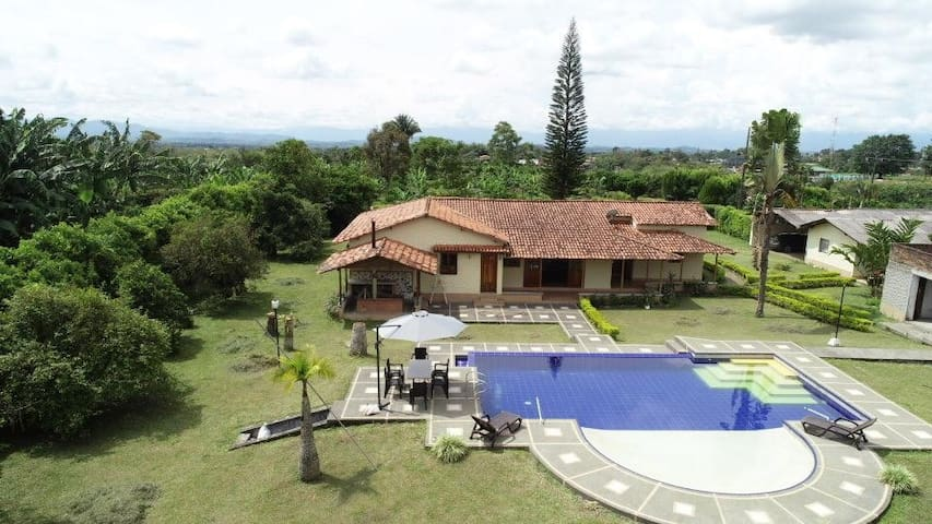 Hey! Look at this Fantastic House in Pereira,
