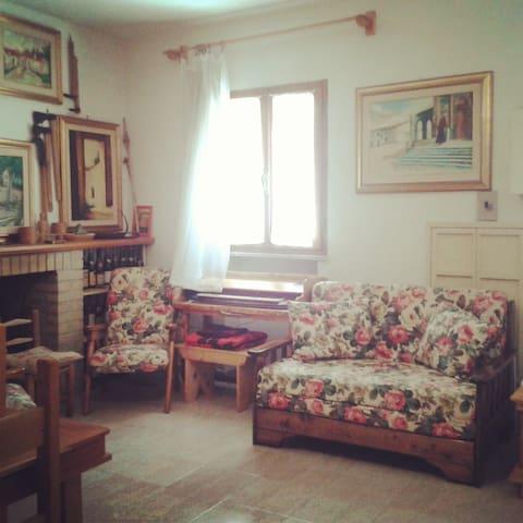 Accogliente Casa Vintage in Gallura - Tempio Pausania - House