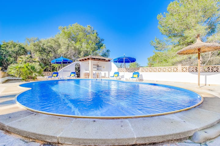 Luxusyachten mit pool  Cala Murada 2018 (with Photos): Top 20 Cala Murada Vacation ...